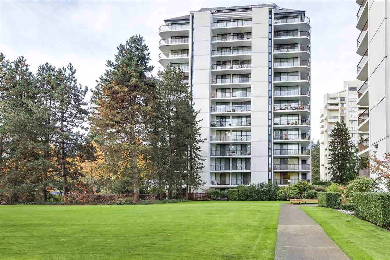 Main Photo: 401 4165 MAYWOOD Street in Burnaby: Metrotown Condo for sale (Burnaby South)  : MLS®# R2525451