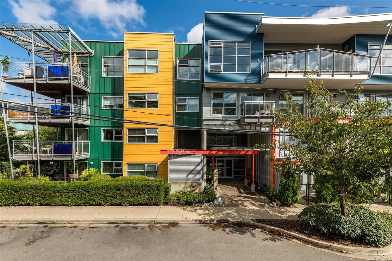 Main Photo: 413 797 Tyee Rd in : VW Victoria West Condo for sale (Victoria West)  : MLS®# 856947