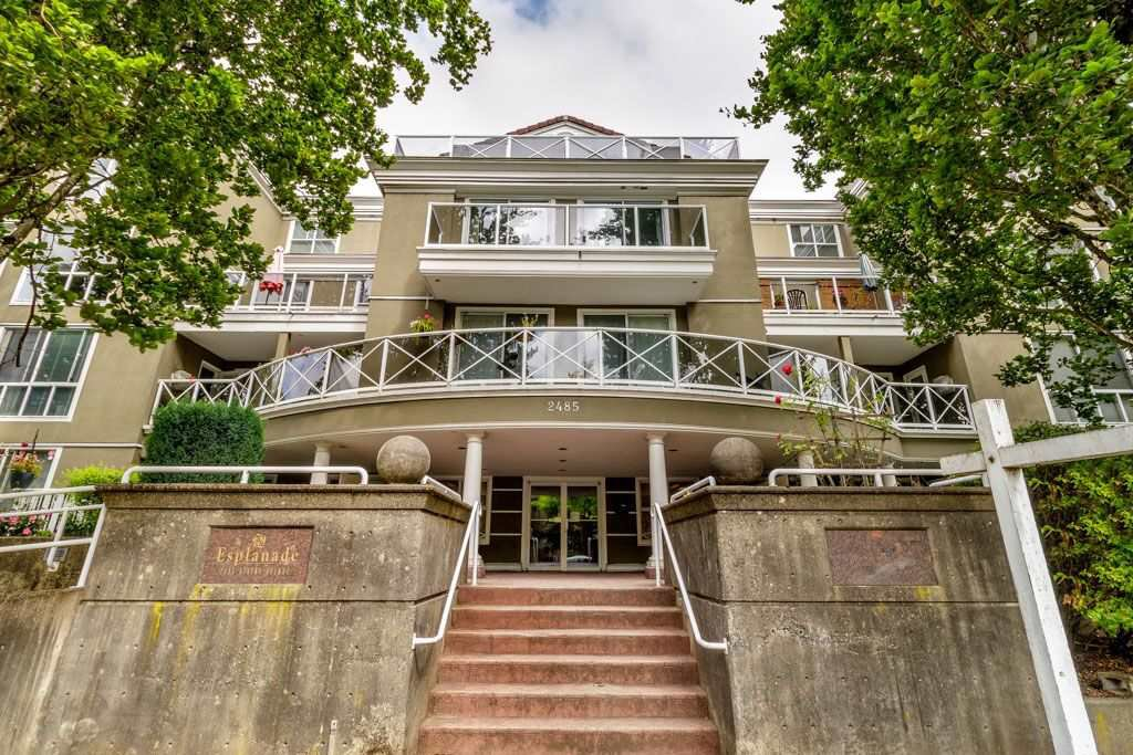 "Main Photo: PH1 2485 ATKINS Avenue in Port Coquitlam: Central Pt Coquitlam Condo for sale in ""THE ESPLANADE"" : MLS®# R2403301"
