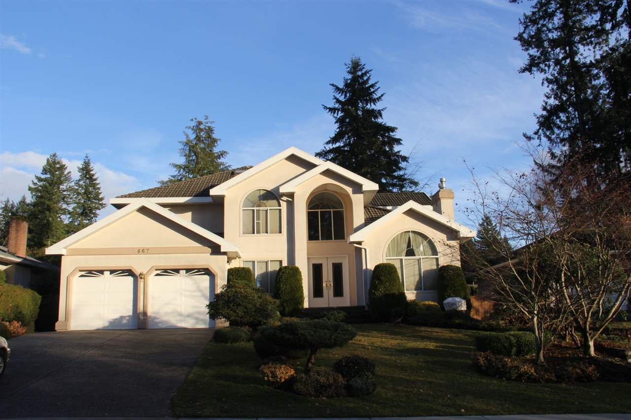 Main Photo: 667 FAIRVIEW Street in Coquitlam: Coquitlam West House for sale : MLS®# R2425284