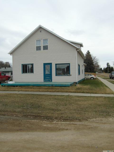 Main Photo: 142 1st Avenue East in Leoville: Residential for sale : MLS®# SK808183