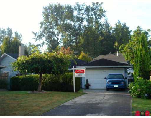 Photo 2: Photos: 21578 94A AV in Langley: Walnut Grove House for sale : MLS®# F2619301