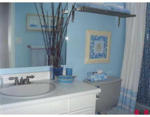 Photo 6: Photos: 21578 94A AV in Langley: Walnut Grove House for sale : MLS®# F2619301