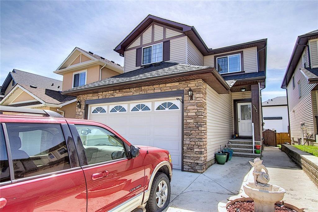 Main Photo: 312 SADDLEMONT Boulevard NE in Calgary: Saddle Ridge Detached for sale : MLS®# C4299986