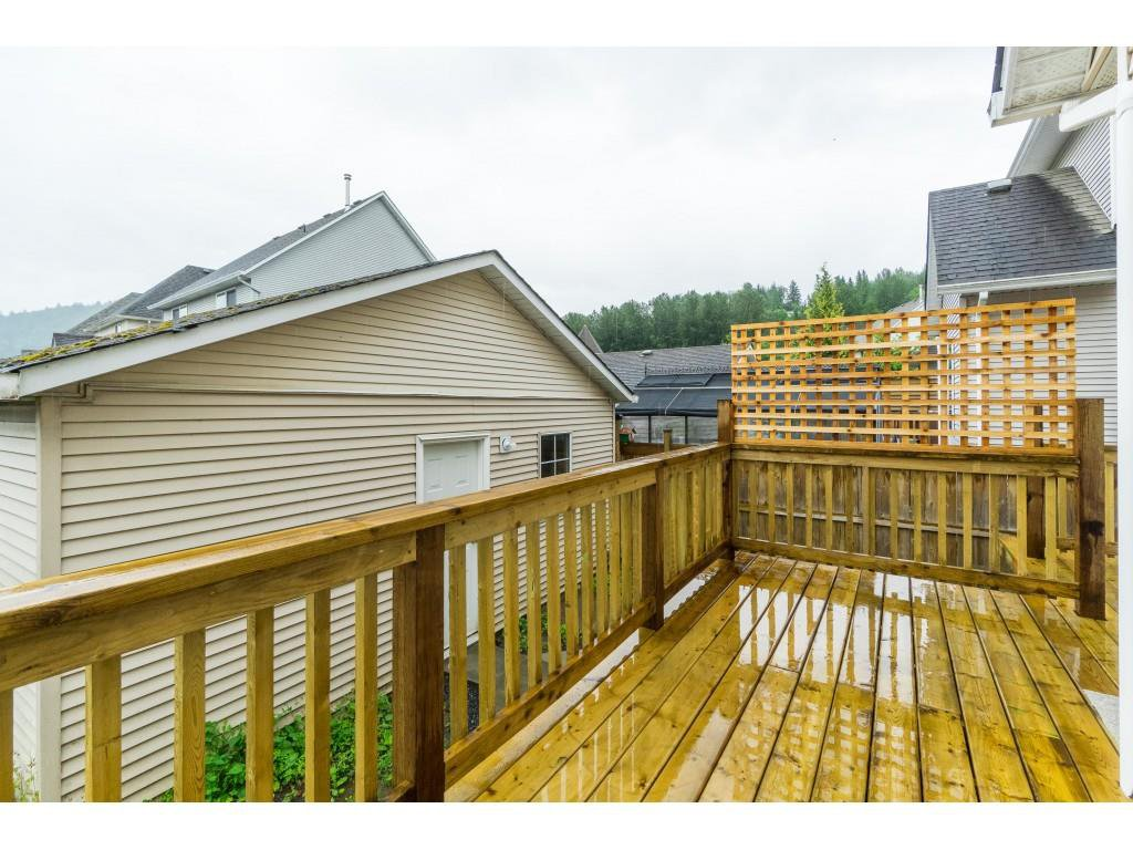 """Photo 32: Photos: 46410 CHESTER Drive in Chilliwack: Sardis East Vedder Rd House for sale in """"AVONLEA"""" (Sardis)  : MLS®# R2463780"""