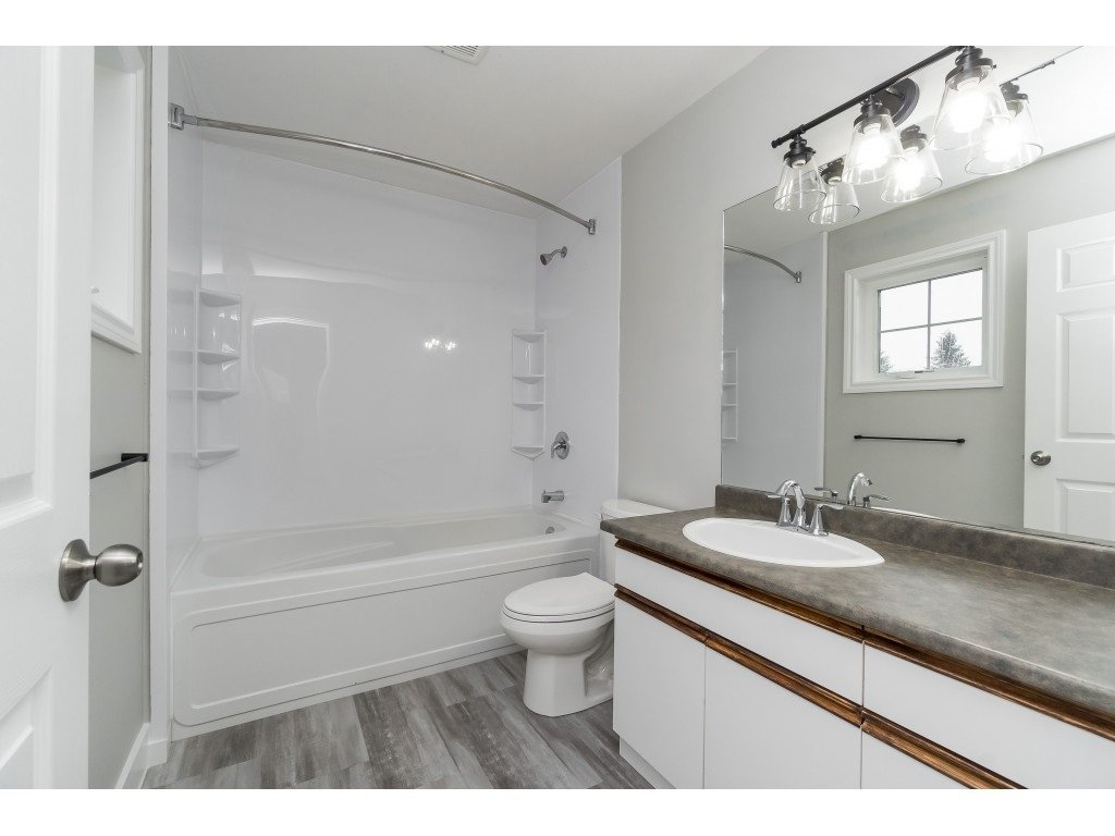 """Photo 21: Photos: 46410 CHESTER Drive in Chilliwack: Sardis East Vedder Rd House for sale in """"AVONLEA"""" (Sardis)  : MLS®# R2463780"""