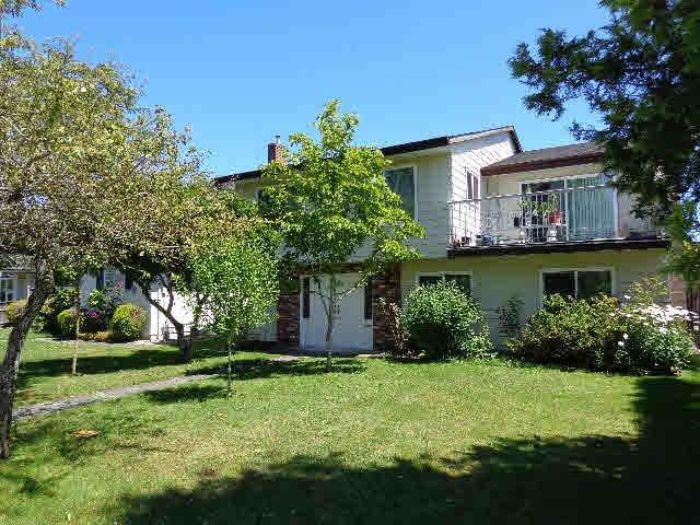 Main Photo: 10310 RAILWAY AVENUE in Richmond: Steveston North House for sale ()  : MLS®# V1074781
