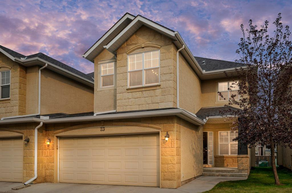 Main Photo: 23 39 Strathlea Common SW in Calgary: Strathcona Park Semi Detached for sale : MLS®# A1036535