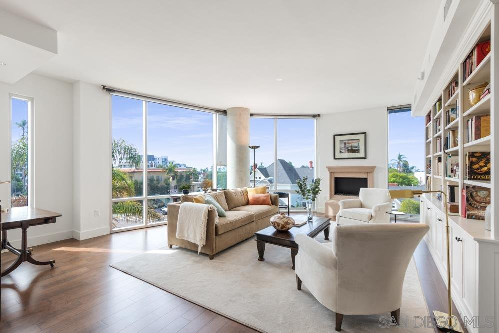 Main Photo: HILLCREST Condo for sale : 2 bedrooms : 3415 6Th AVENUE #4 in San Diego