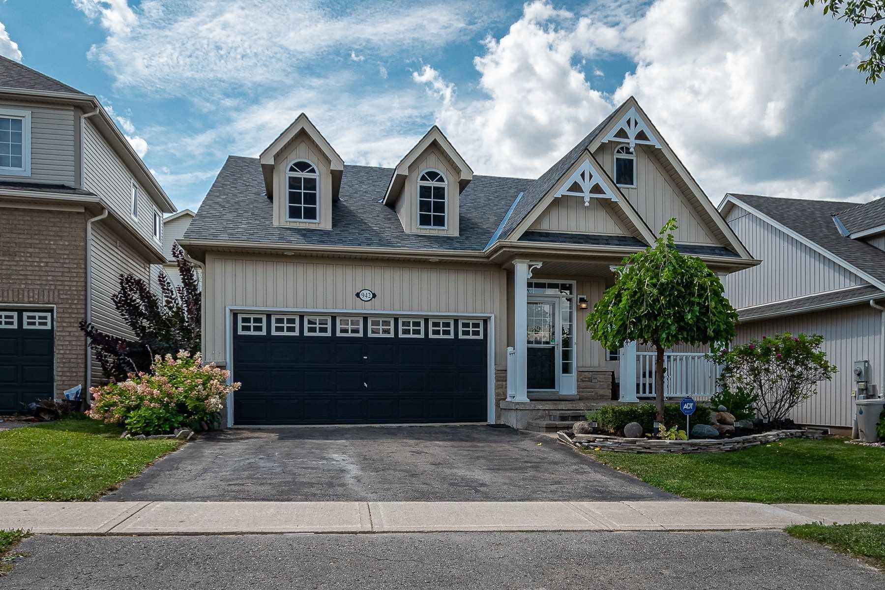 Main Photo: 942 Greenwood Crescent: Shelburne House (Bungalow) for sale : MLS®# X4882478