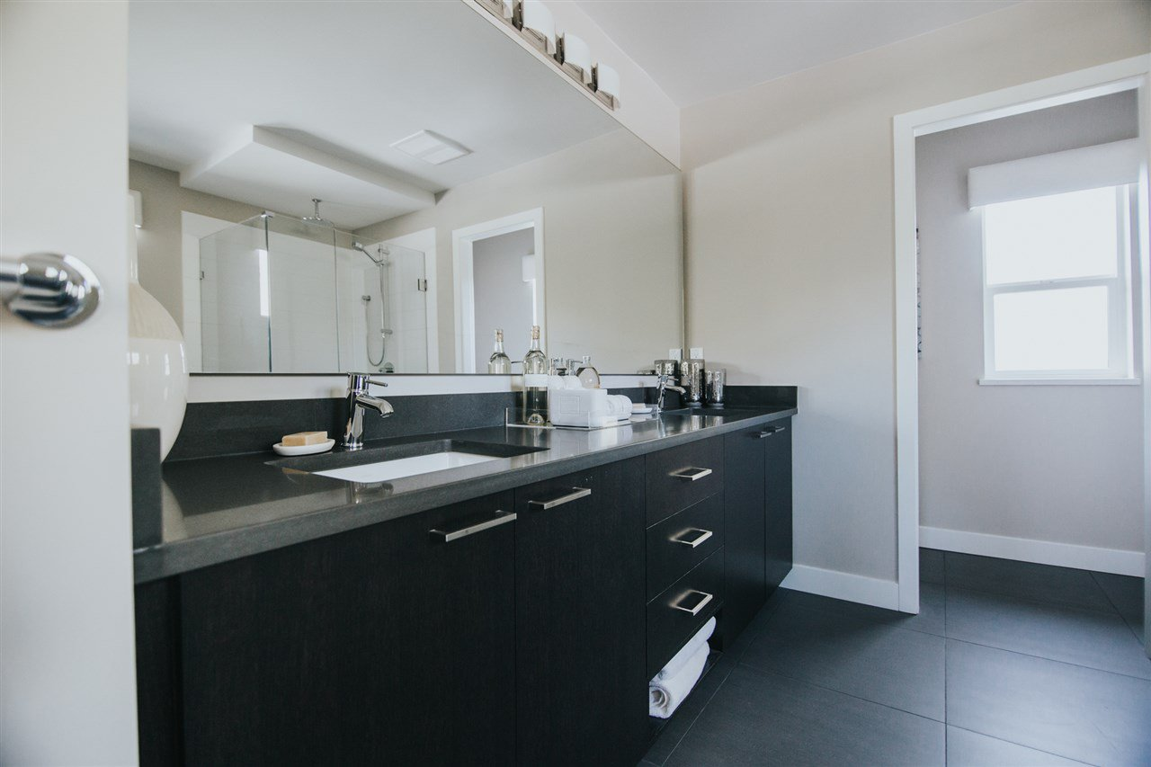 Photo 14: Photos: 39441 CARDINAL Drive in Squamish: Brennan Center House for sale : MLS®# R2409809