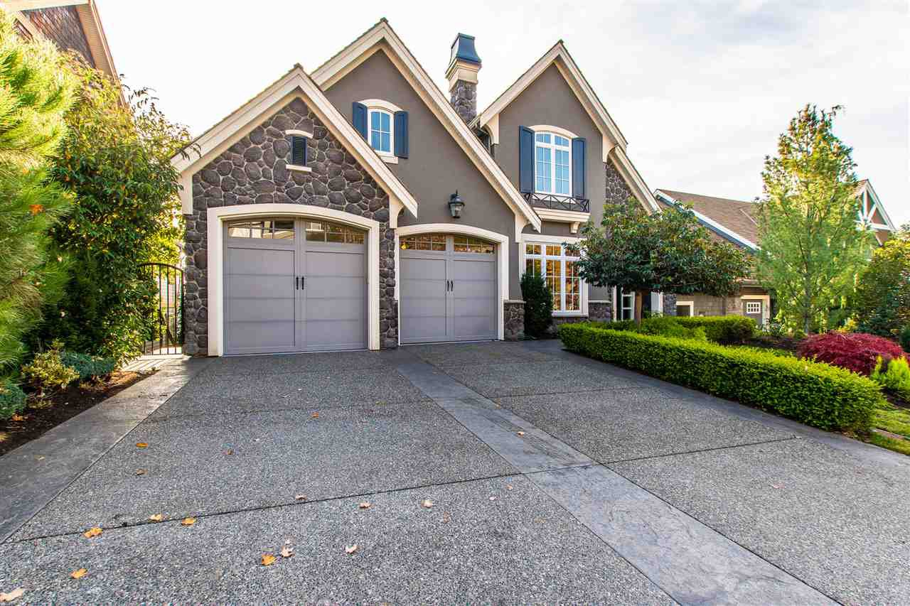 Main Photo: 35668 GOODBRAND Drive in Abbotsford: Abbotsford East House for sale : MLS®# R2418028