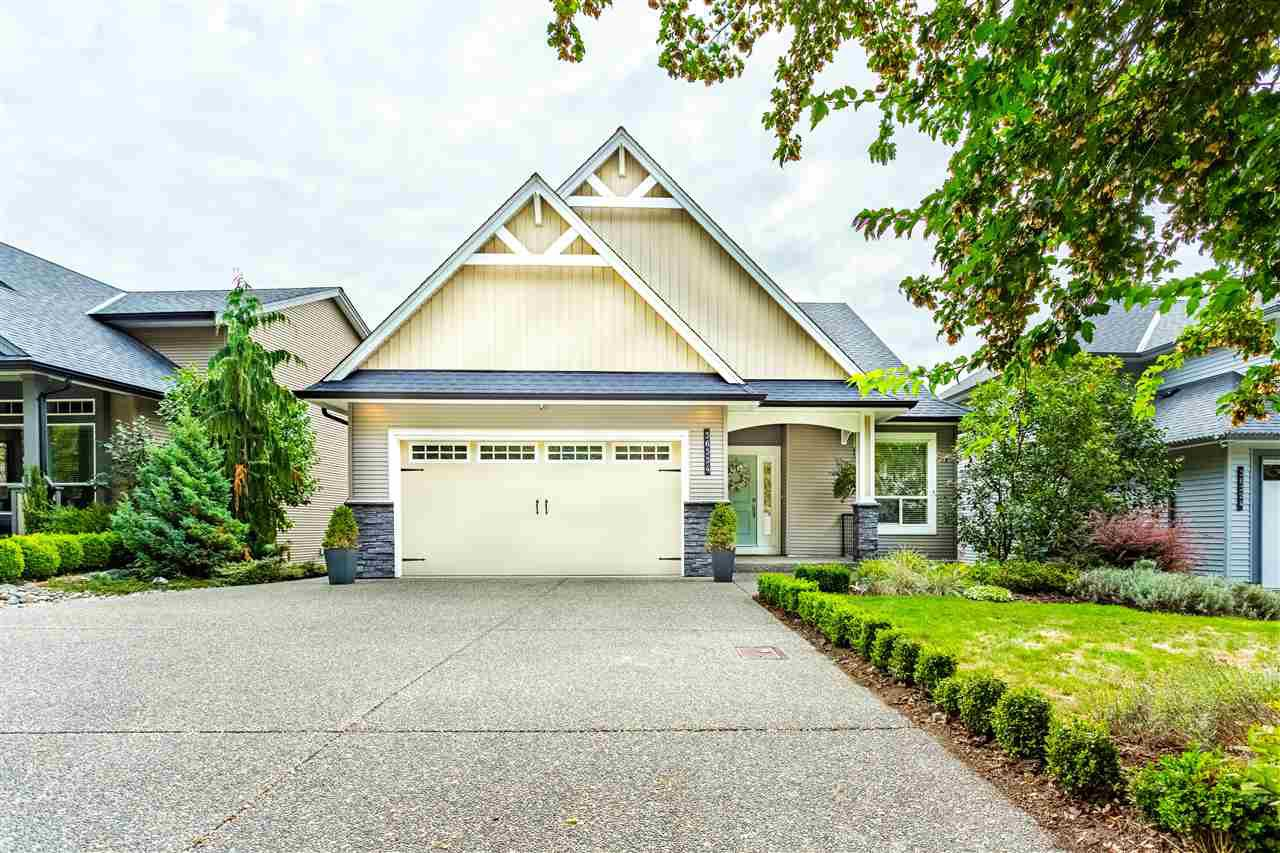Main Photo: 36334 LOWER SUMAS MTN Road in Abbotsford: Abbotsford East House for sale : MLS®# R2492873