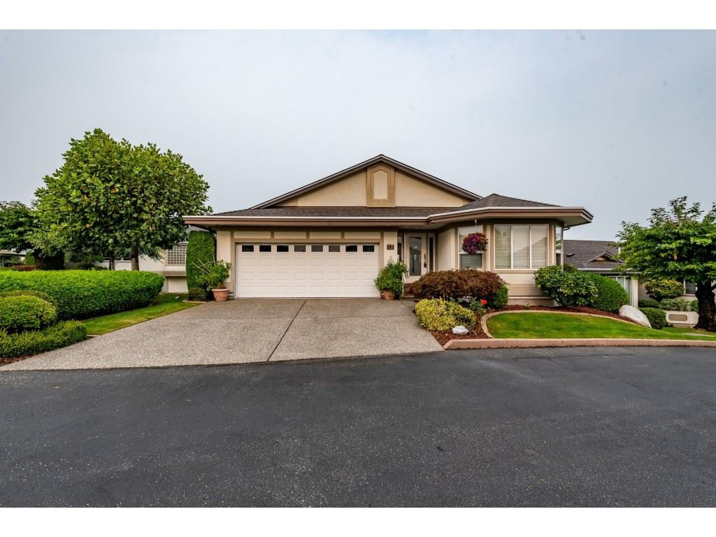 "Main Photo: 13 31445 RIDGEVIEW Drive in Abbotsford: Abbotsford West House for sale in ""Panorama Ridge"" : MLS®# R2500069"