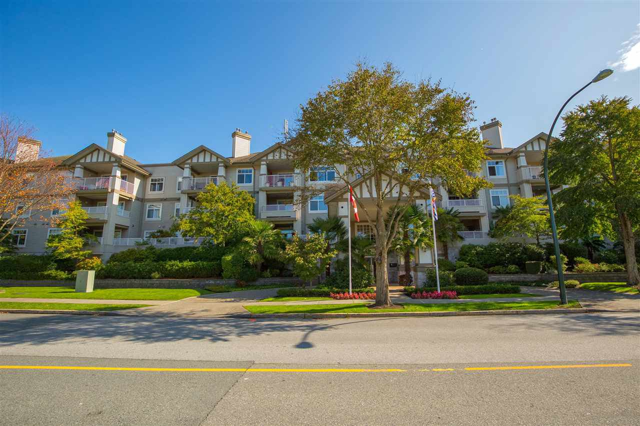 """Main Photo: 320 4770 52A Street in Ladner: Delta Manor Condo for sale in """"Westham Lane"""" : MLS®# R2409318"""