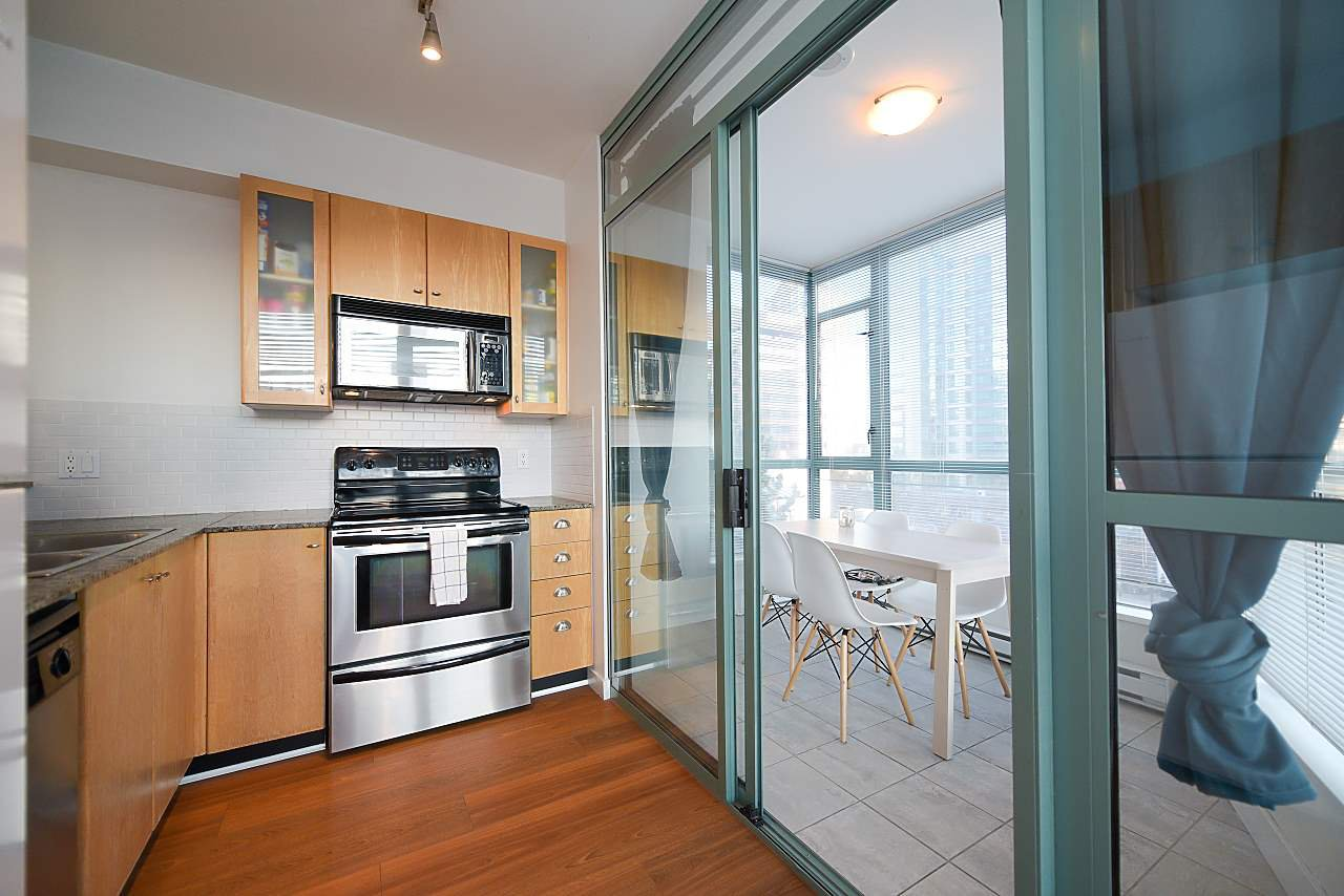 """Photo 7: Photos: 402 1238 BURRARD Street in Vancouver: Downtown VW Condo for sale in """"ALTADENA"""" (Vancouver West)  : MLS®# R2423214"""