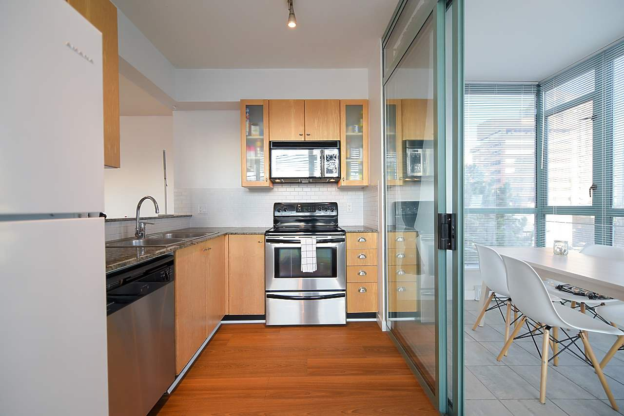 """Photo 8: Photos: 402 1238 BURRARD Street in Vancouver: Downtown VW Condo for sale in """"ALTADENA"""" (Vancouver West)  : MLS®# R2423214"""