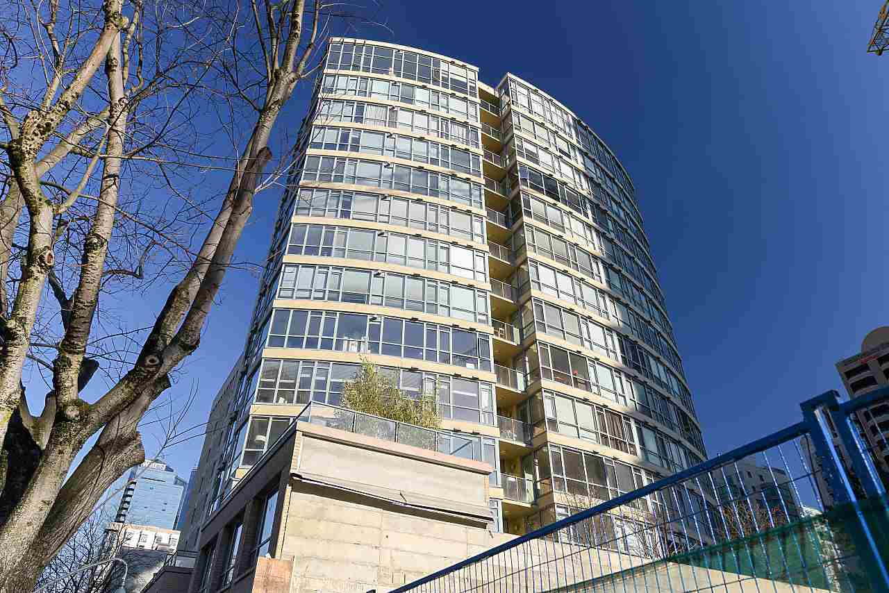 """Photo 19: Photos: 402 1238 BURRARD Street in Vancouver: Downtown VW Condo for sale in """"ALTADENA"""" (Vancouver West)  : MLS®# R2423214"""