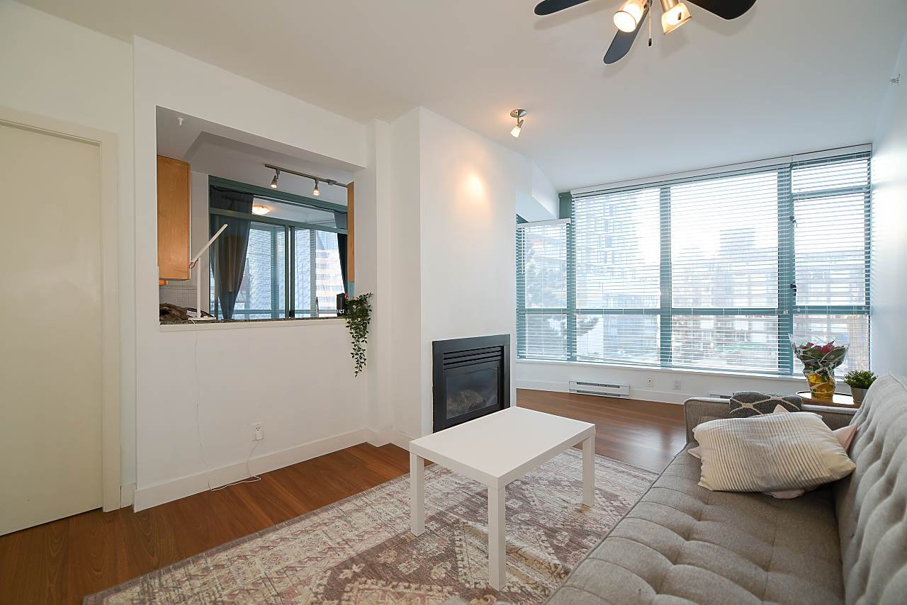 """Photo 3: Photos: 402 1238 BURRARD Street in Vancouver: Downtown VW Condo for sale in """"ALTADENA"""" (Vancouver West)  : MLS®# R2423214"""