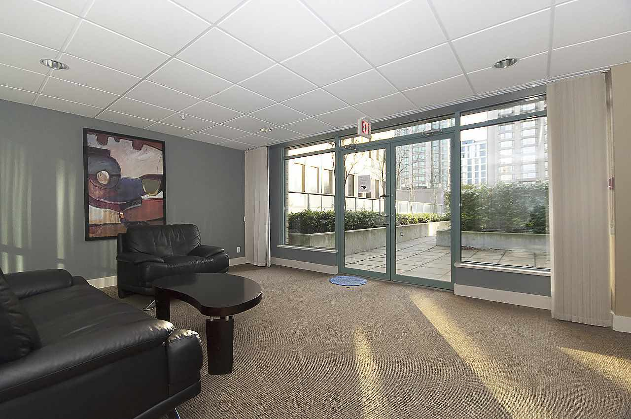 """Photo 17: Photos: 402 1238 BURRARD Street in Vancouver: Downtown VW Condo for sale in """"ALTADENA"""" (Vancouver West)  : MLS®# R2423214"""