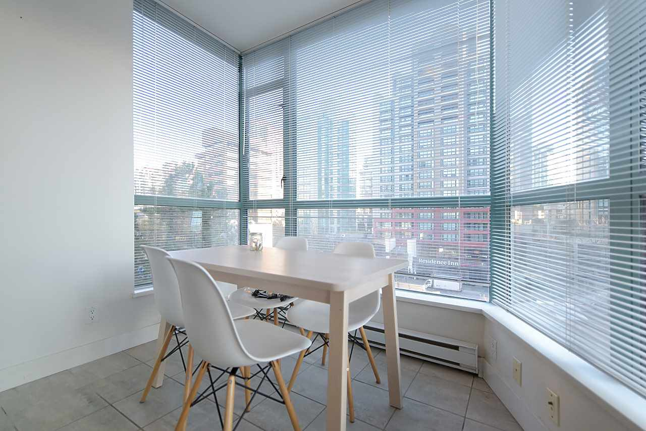 """Photo 9: Photos: 402 1238 BURRARD Street in Vancouver: Downtown VW Condo for sale in """"ALTADENA"""" (Vancouver West)  : MLS®# R2423214"""