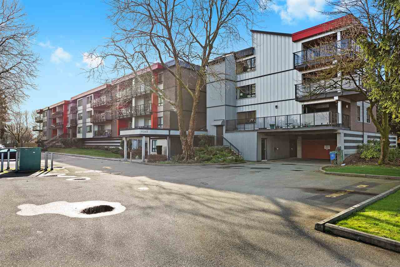 """Main Photo: 307 11240 DANIELS Road in Richmond: East Cambie Condo for sale in """"Daniels Manor"""" : MLS®# R2433224"""