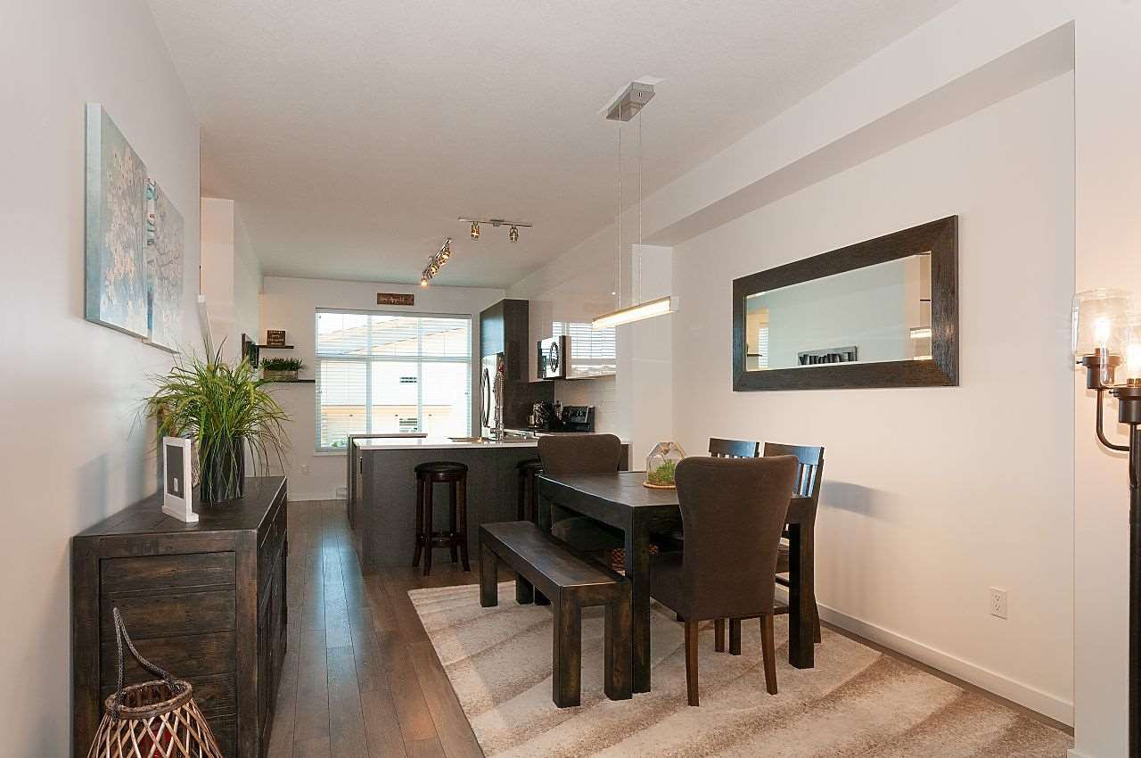 """Photo 6: Photos: 12 18681 68 Avenue in Surrey: Clayton Townhouse for sale in """"Creekside"""" (Cloverdale)  : MLS®# R2391665"""