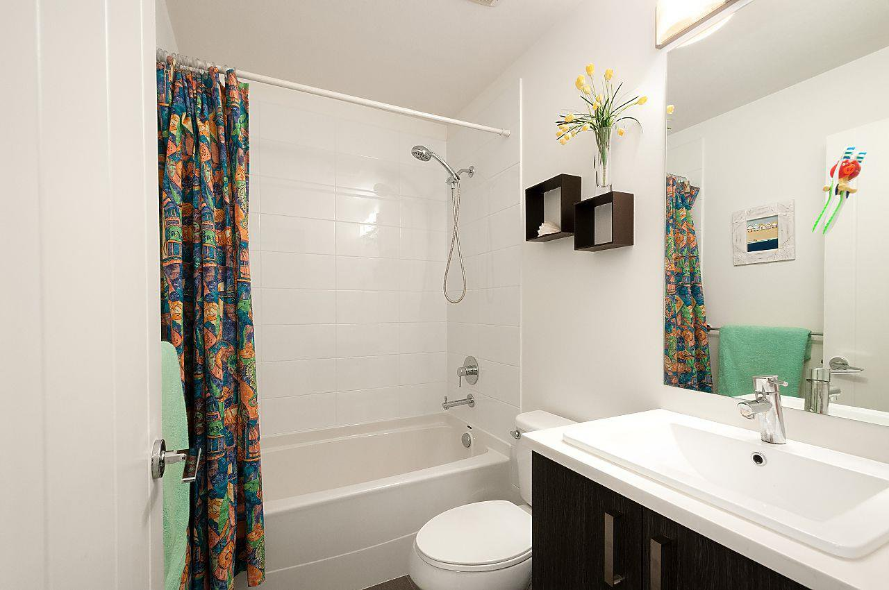 """Photo 16: Photos: 12 18681 68 Avenue in Surrey: Clayton Townhouse for sale in """"Creekside"""" (Cloverdale)  : MLS®# R2391665"""