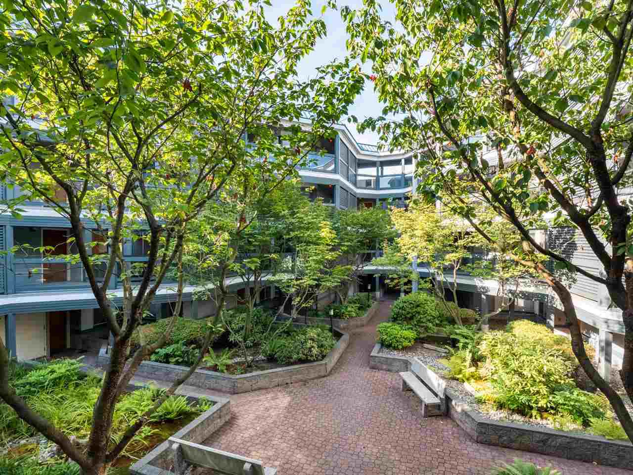 "Main Photo: 204 1345 W 4TH Avenue in Vancouver: False Creek Condo for sale in ""GRANVILLE ISLAND VILLAGE"" (Vancouver West)  : MLS®# R2396643"