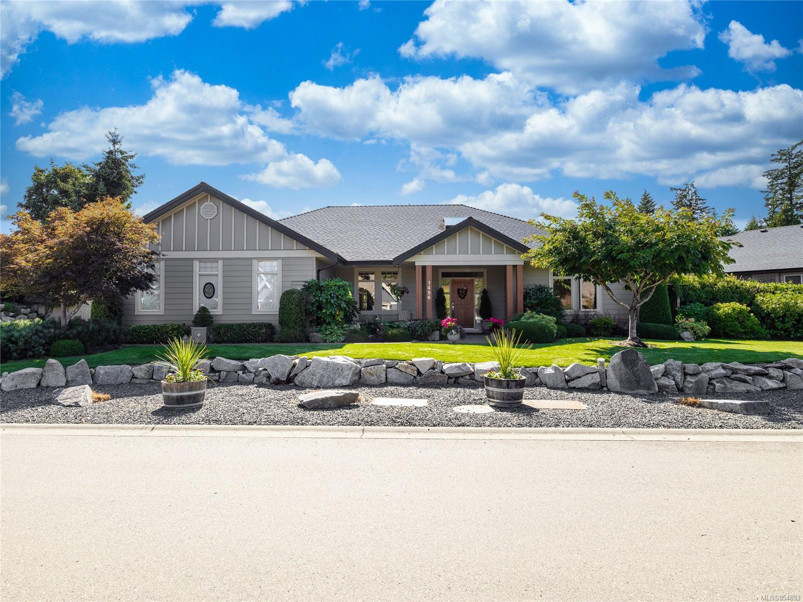 Main Photo: 1496 Sumar Lane in : PQ French Creek House for sale (Parksville/Qualicum)  : MLS®# 854893