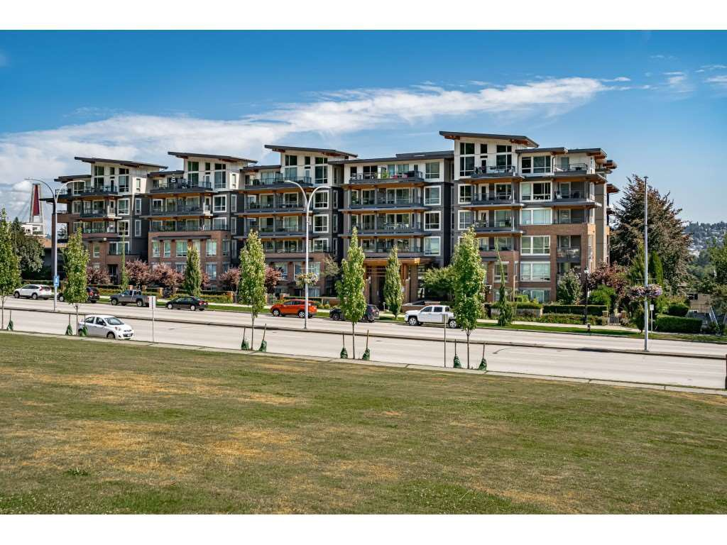 "Main Photo: 503 500 ROYAL Avenue in New Westminster: Downtown NW Condo for sale in ""THE DOMINION"" : MLS®# R2508341"
