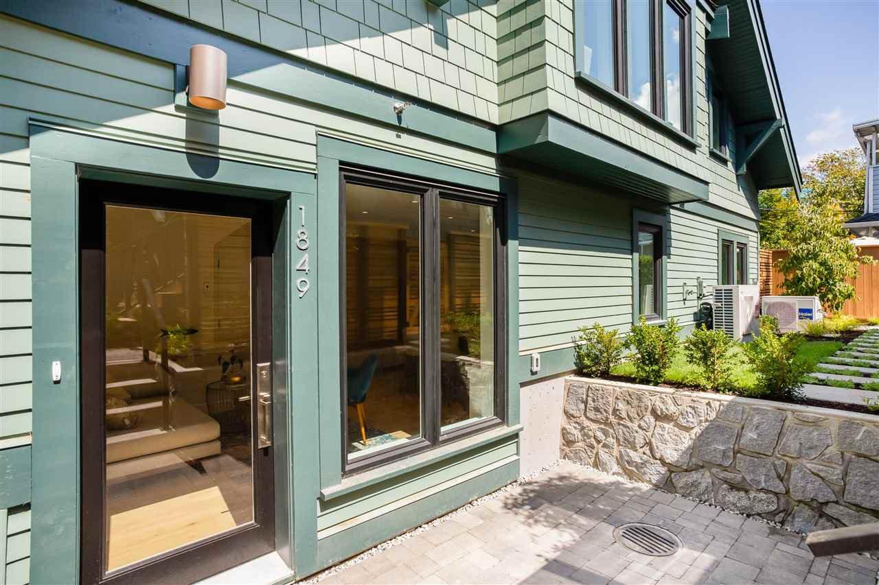Entrance Patio & Garden