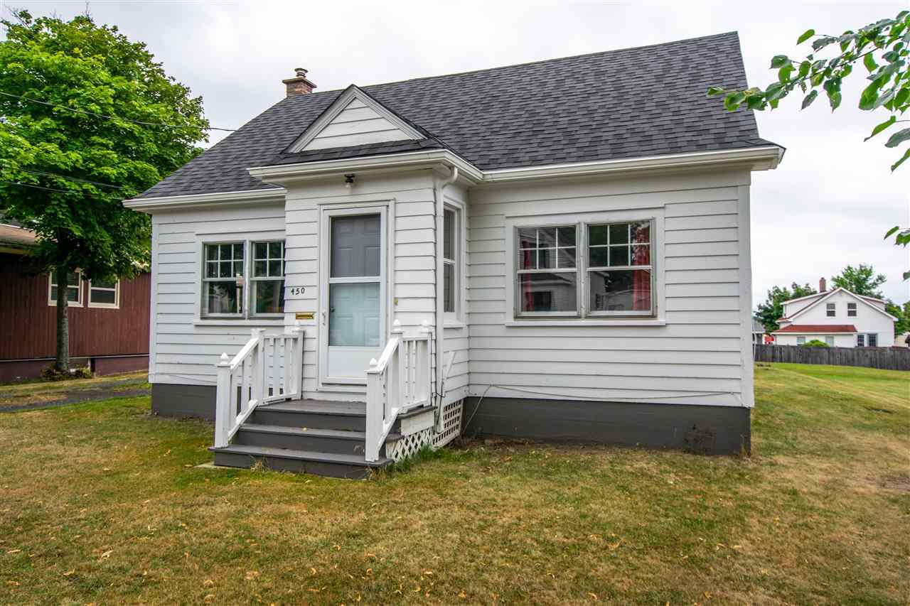 Main Photo: 450 Chisholm Street in New Glasgow: 106-New Glasgow, Stellarton Residential for sale (Northern Region)  : MLS®# 202017187