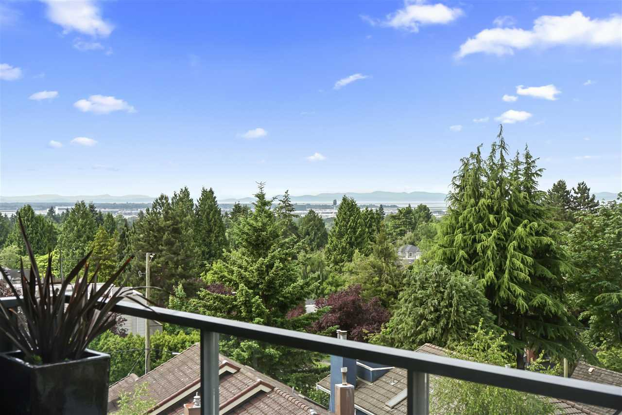 """Photo 39: Photos: PH510 2102 W 48TH Avenue in Vancouver: Kerrisdale Condo for sale in """"The Sterling"""" (Vancouver West)  : MLS®# R2513538"""