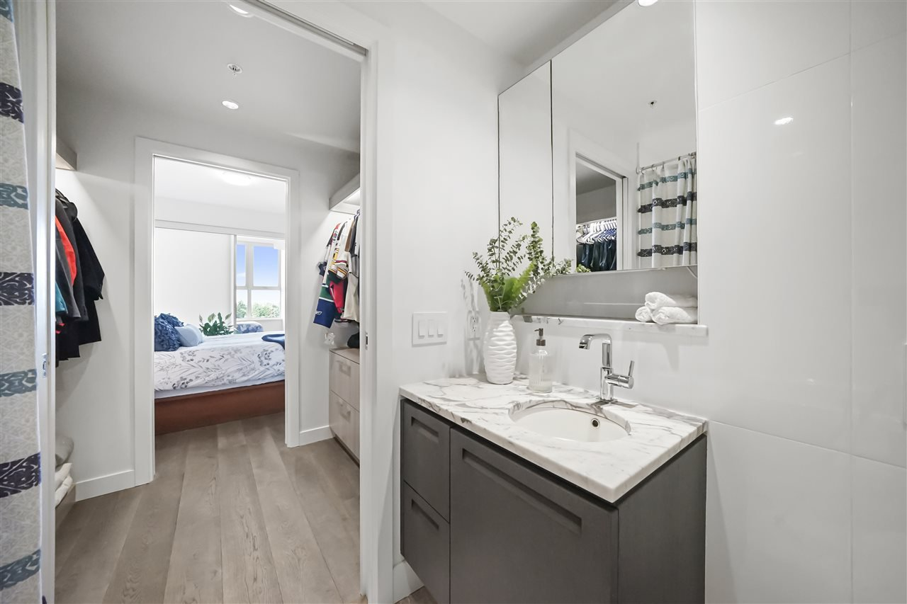 """Photo 25: Photos: PH510 2102 W 48TH Avenue in Vancouver: Kerrisdale Condo for sale in """"The Sterling"""" (Vancouver West)  : MLS®# R2513538"""