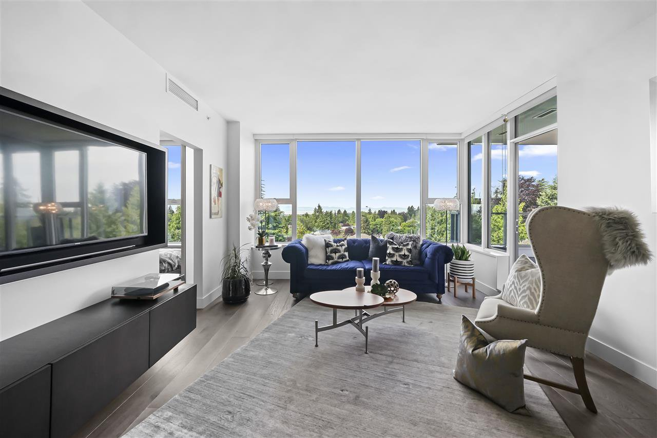 """Photo 2: Photos: PH510 2102 W 48TH Avenue in Vancouver: Kerrisdale Condo for sale in """"The Sterling"""" (Vancouver West)  : MLS®# R2513538"""