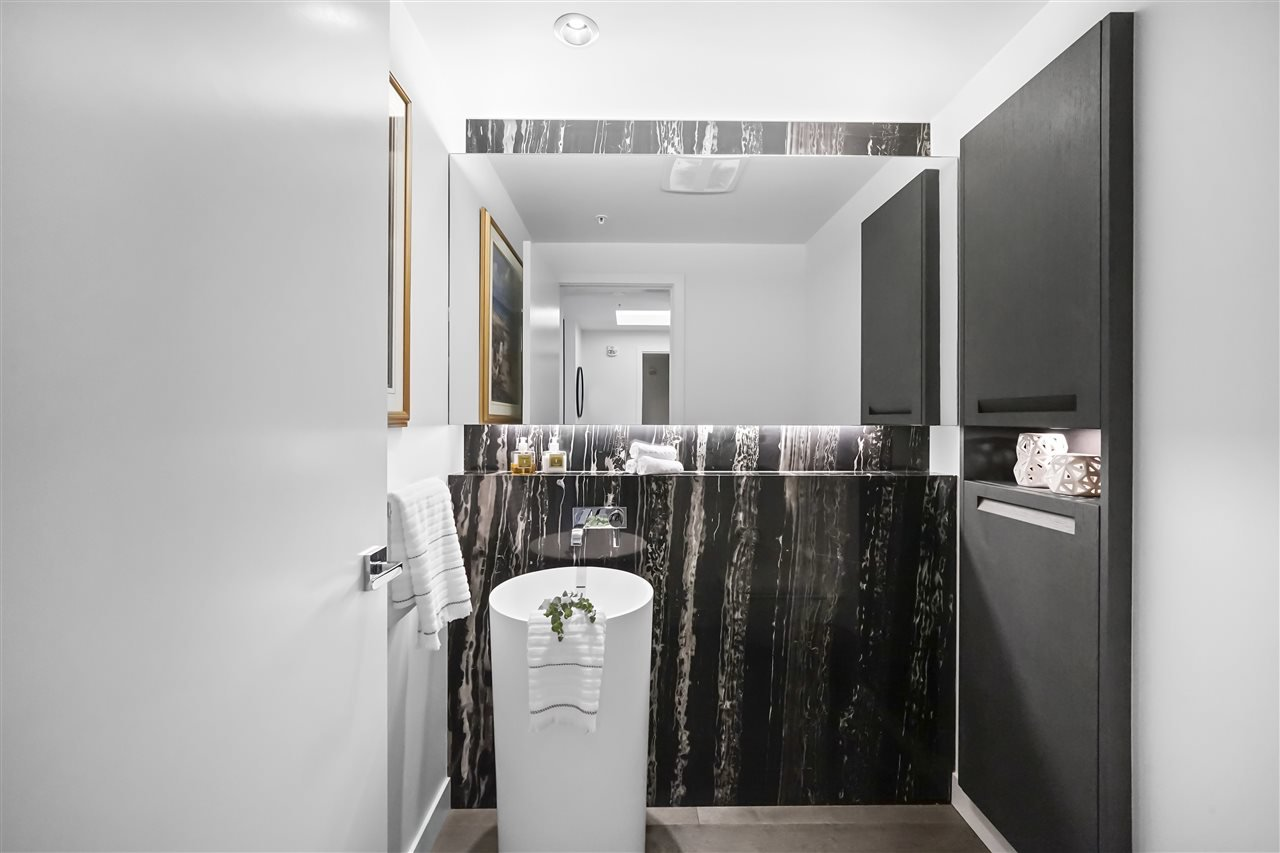 """Photo 26: Photos: PH510 2102 W 48TH Avenue in Vancouver: Kerrisdale Condo for sale in """"The Sterling"""" (Vancouver West)  : MLS®# R2513538"""