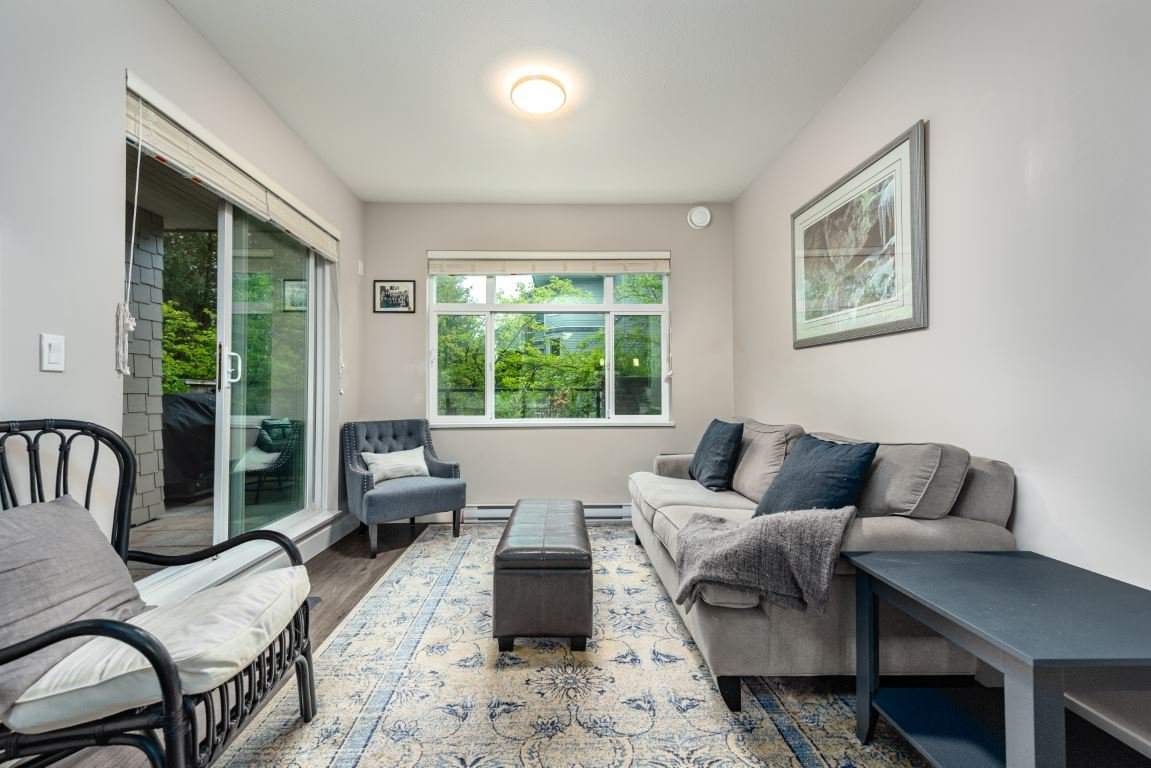 """Main Photo: 213 2465 WILSON Avenue in Port Coquitlam: Central Pt Coquitlam Condo for sale in """"ORCHID"""" : MLS®# R2407523"""