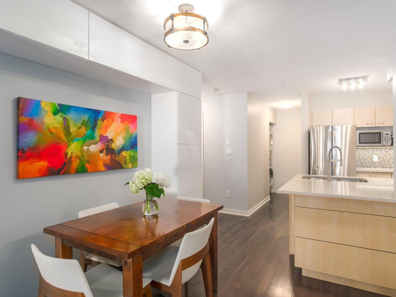 "Main Photo: 307 1990 DUNBAR Street in Vancouver: Kitsilano Condo for sale in ""THE BREEZE AT JERICHO"" (Vancouver West)  : MLS®# R2412773"