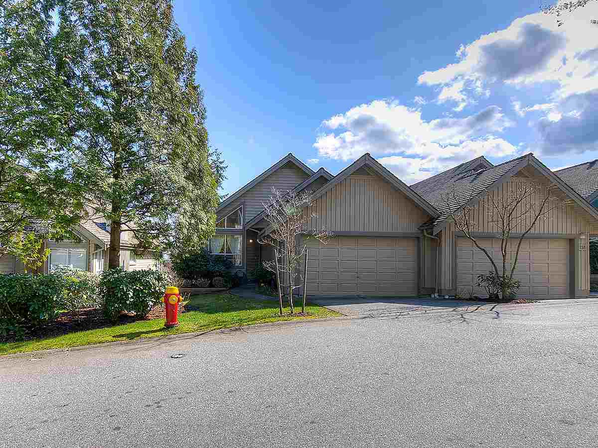 "Main Photo: 119 1465 PARKWAY Boulevard in Coquitlam: Westwood Plateau Townhouse for sale in ""Silver Oaks"" : MLS®# R2447499"