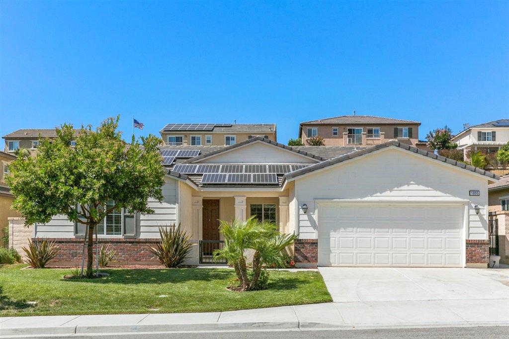 Main Photo: OCEANSIDE House for sale : 3 bedrooms : 1095 Bellingham Drive