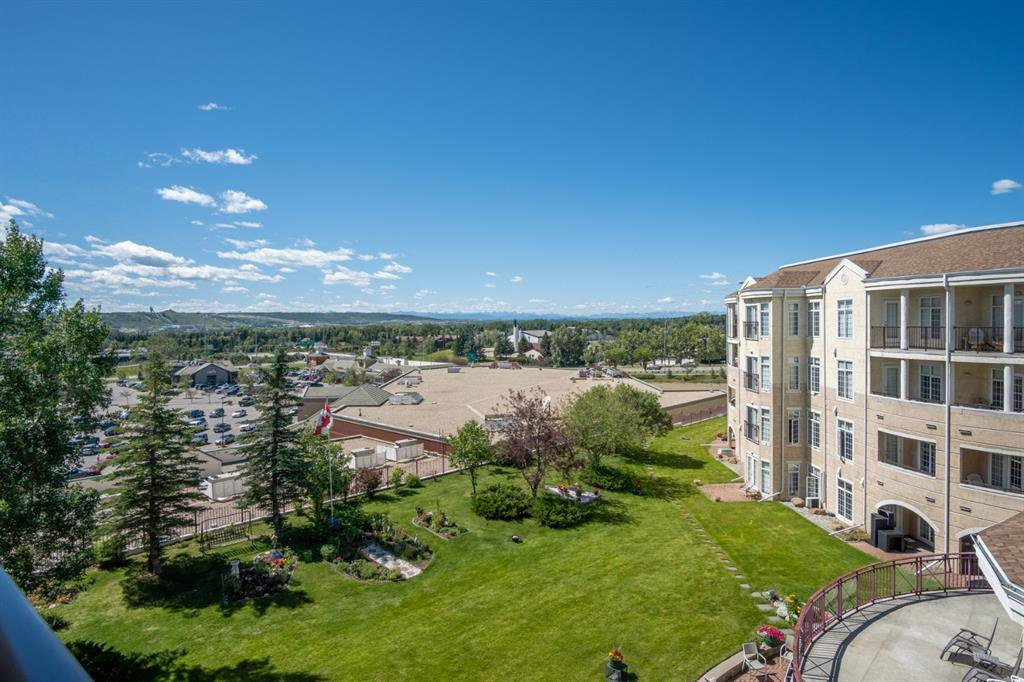 Main Photo: 425, 5201 DALHOUSIE Drive NW in Calgary: Dalhousie Apartment for sale : MLS®# A1018261