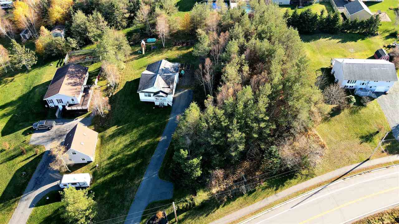 Main Photo: 22 Highway 1 in Hants Border: 404-Kings County Vacant Land for sale (Annapolis Valley)  : MLS®# 202023484