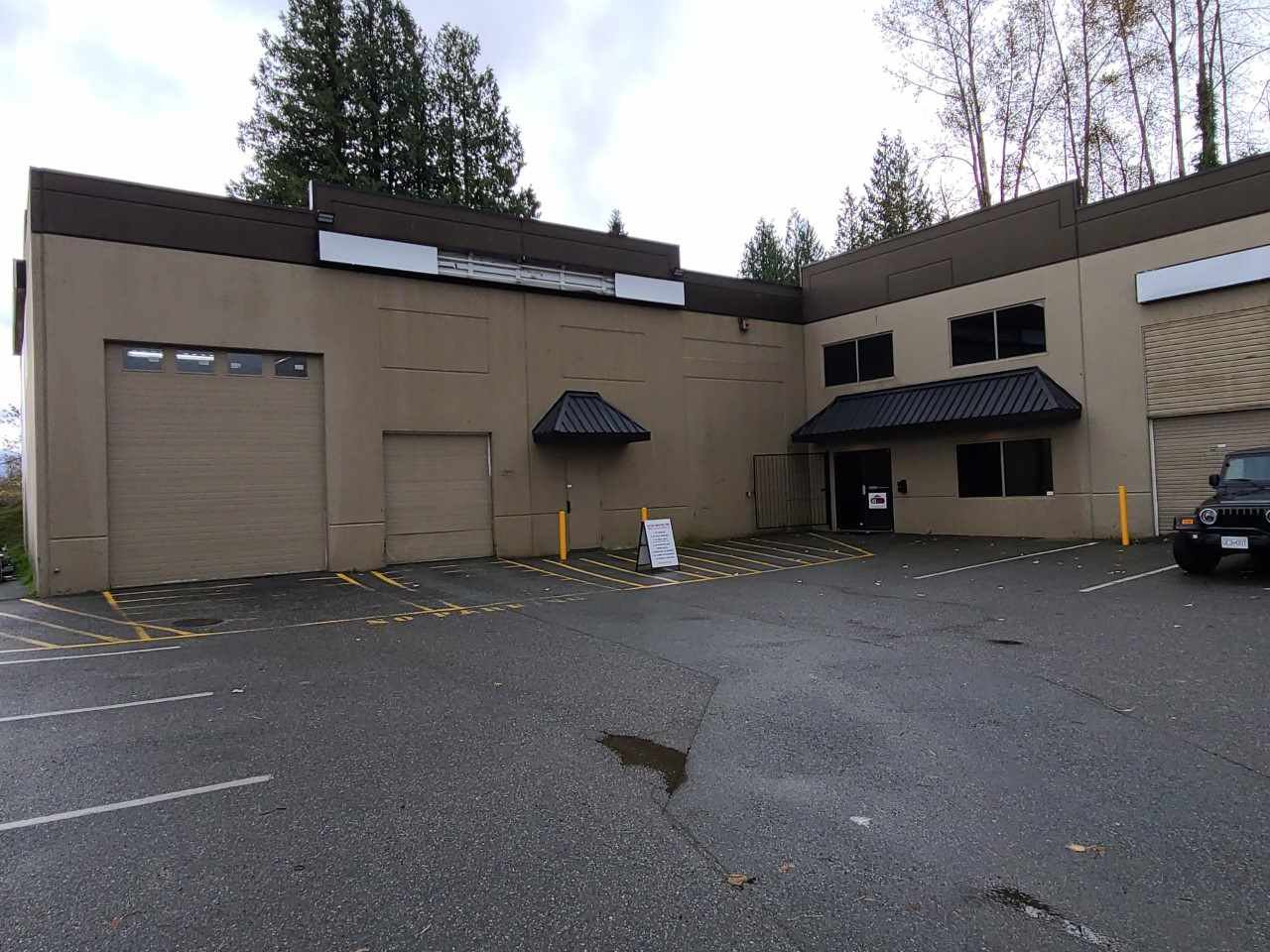 Main Photo: 14 34100 SOUTH FRASER Way in Abbotsford: Central Abbotsford Industrial for sale : MLS®# C8036039