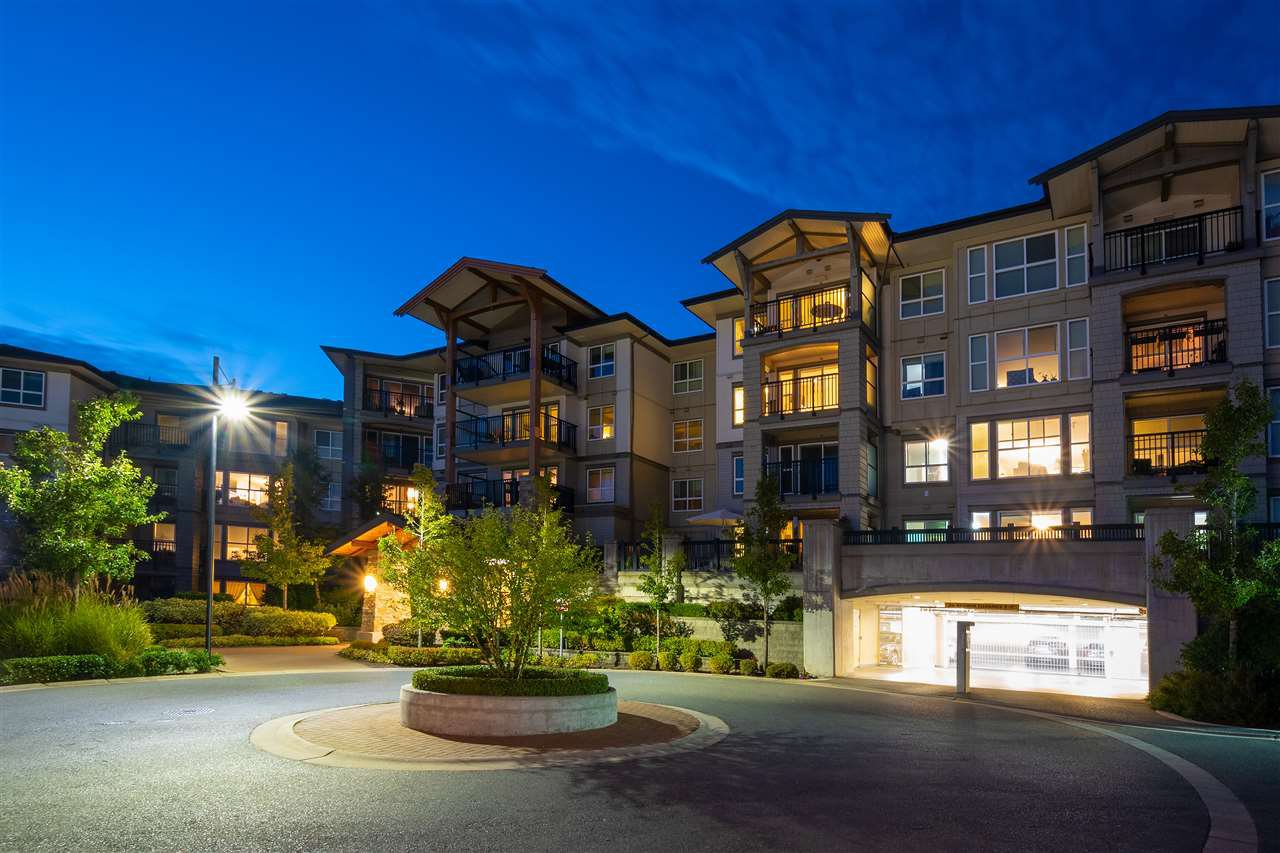 "Main Photo: 418 3050 DAYANEE SPRINGS Boulevard in Coquitlam: Westwood Plateau Condo for sale in ""DAYANEE SPRINGS"" : MLS®# R2411189"