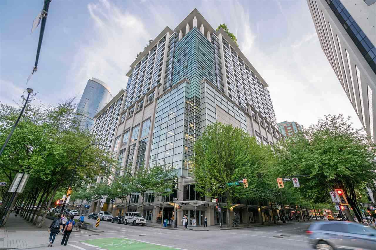 "Main Photo: 1610 938 SMITHE Street in Vancouver: Downtown VW Condo for sale in ""ELECTRIC AVENUE"" (Vancouver West)  : MLS®# R2440218"