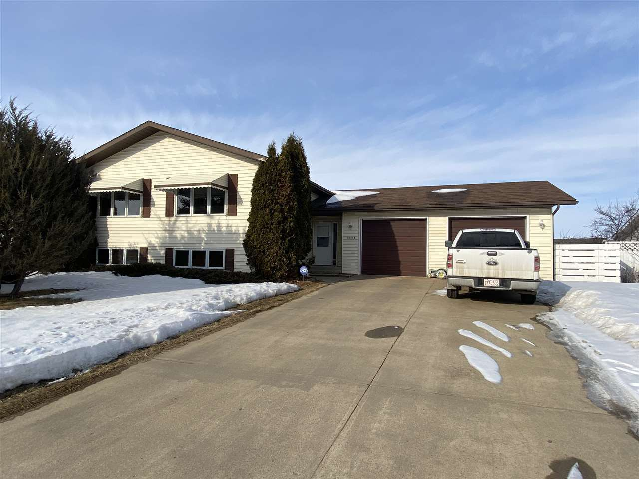 Main Photo: 10616 110 Street: Westlock House for sale : MLS®# E4192153