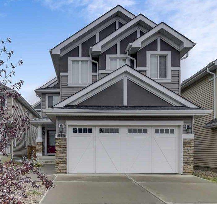 Main Photo: 2203 89 Street in Edmonton: Zone 53 House for sale : MLS®# E4218246