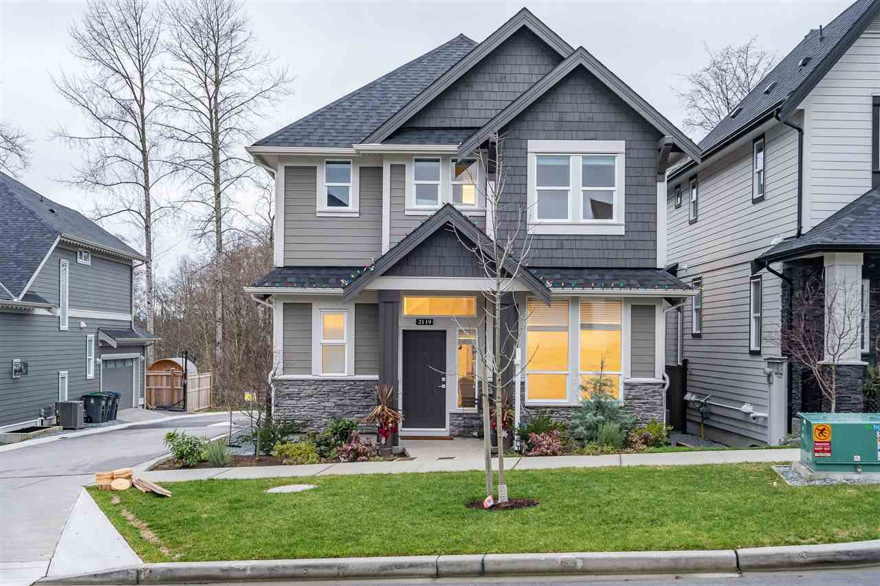 Main Photo: 2119 164A Street in Surrey: Grandview Surrey House for sale (South Surrey White Rock)  : MLS®# R2527962