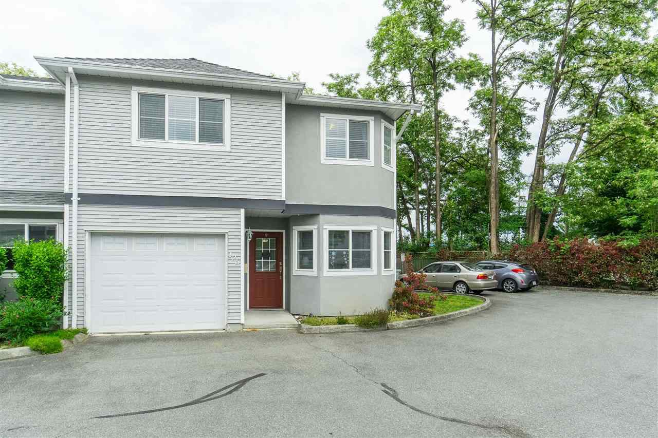 "Main Photo: 125 22950 116TH Avenue in Maple Ridge: East Central Townhouse for sale in ""Bakerview Terrace"" : MLS®# R2461071"